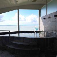 昼まで誰もいない浴場です。湯温は普通です。