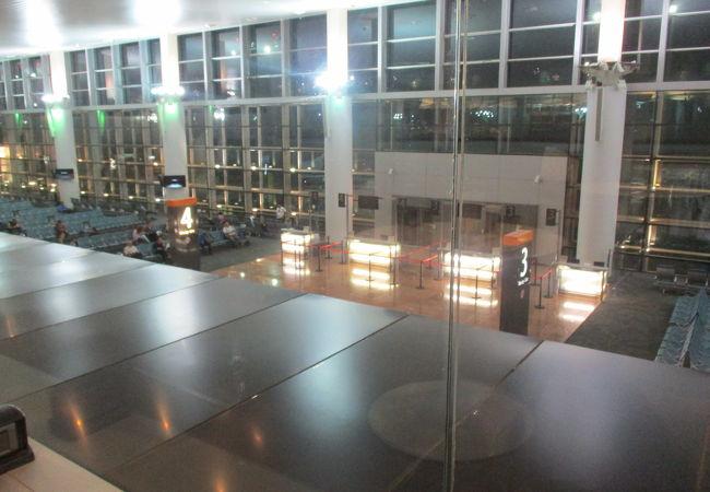 空港はとてもコンパクトで利用しやすかったです