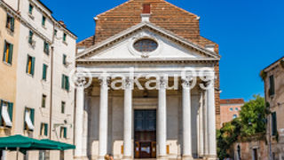 サン 二コラ トレンティーノ教会