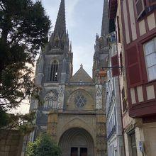 サント マリー大聖堂