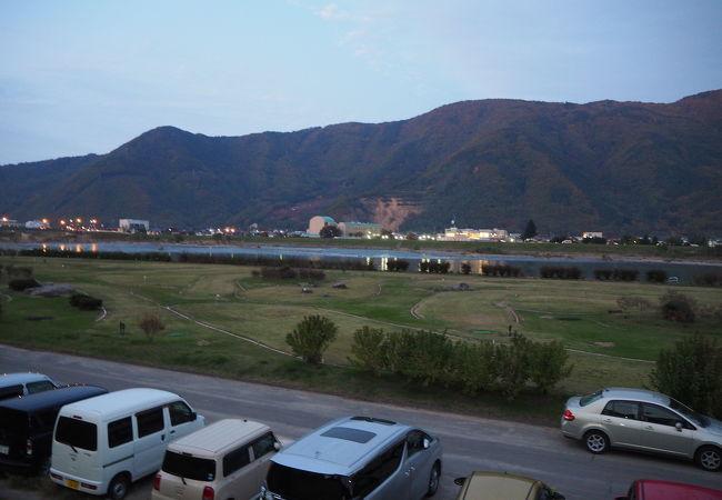 戸倉千曲川緑地公園(湯の里親水パーク)