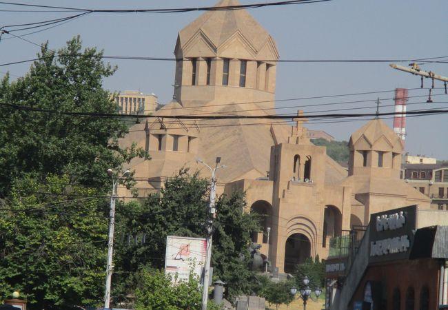 聖グリゴル ルサヴォリチ教会