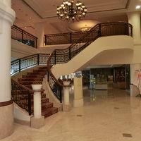 GフロアーからNフロアーへの階段