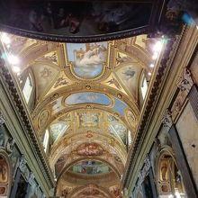 教会の天井 美しい