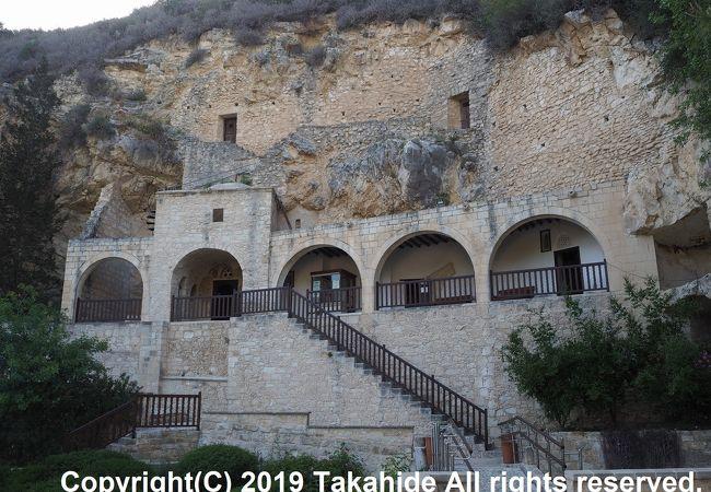 アギオスネオフィトス修道院