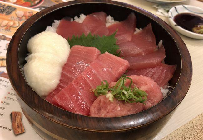 新鮮ネタの回転寿司