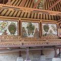 写真:バトゥアン寺院