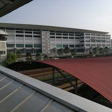 バンダー タシク セラタン 南部バスターミナル (TBS-BTS)