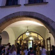 ミュンヘンと言えば一番有名なレストラン?