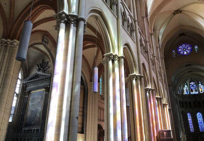 リヨン最古の教会