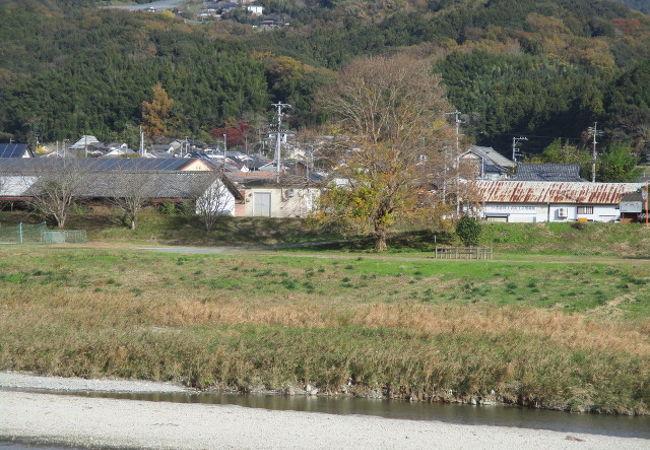 小田川河川敷