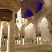夕暮れを挟む時間帯がベスト@シェイク ザィード グランド モスク
