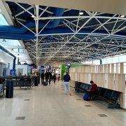 ターミナル1はショップが少ないです