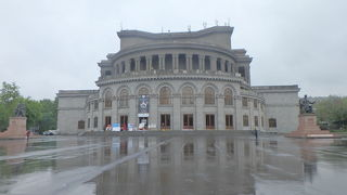 オペラ バレエ劇場