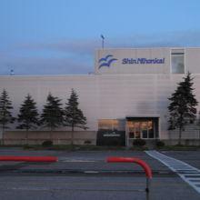 苫小牧東港 周文フェリーターミナル