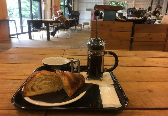 ゼブラ コーヒーアンドクロワッサン 津久井本店