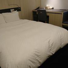 広いベッド