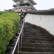 階段の曲線が美しい ♪