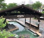 川湯温泉街の足湯