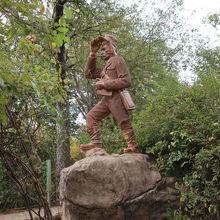リビングストンの像