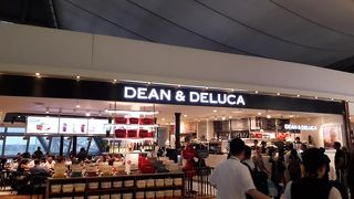 DEAN & DELUCA (スワンナプーム空港 コンコースD)