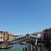 観光名所の橋