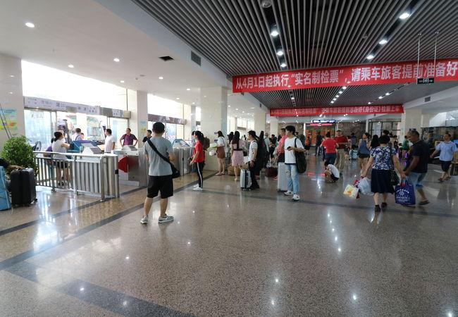 新南門車站 (成都旅遊集散中心) 新南門バスセンター