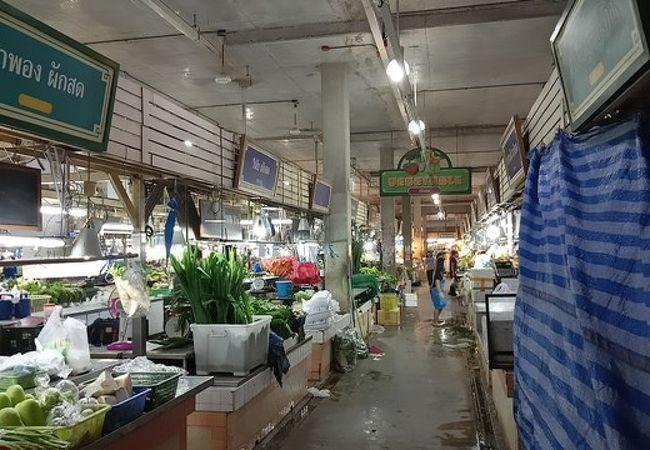 バンザーン生鮮市場