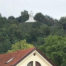 3つの十字架の丘