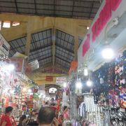 観光客向けの市場
