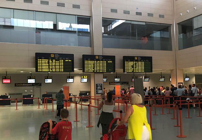 イビサ空港 (IBZ)