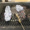 写真:岸壁 炉ばた