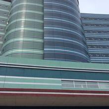 琵琶湖ホテルの外観