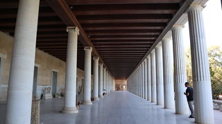 アッタロスの柱廊 (古代アゴラ博物館)