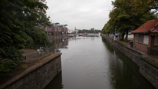 トラヴェ川