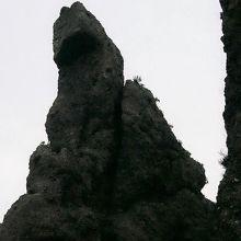 ゴジラ岩 (ウトロ)