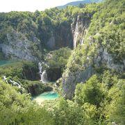 非常に混んでいたプリトヴィッツェ湖群国立公園(クロアチア)(世界遺産)
