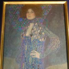 クリムト「エミーリエ・フレーゲの肖像」