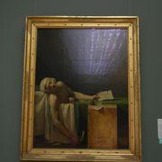 マラーの死とか有名な絵画がある