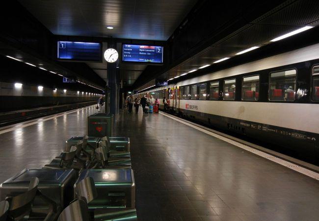 ジュネーブ国際空港駅