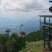 八ヶ岳、日本アルプス、坪庭が見える展望台