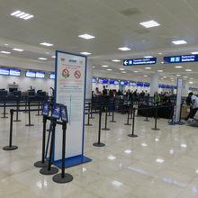 カンクン国際空港 (CUN)