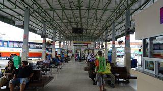 チュンペー バスターミナル
