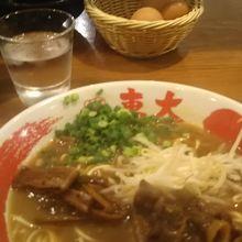 京都で徳島ラーメン