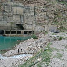 ダゲスタン共和国の、ロシア最大級の水力発電所