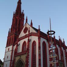 可愛らしい教会
