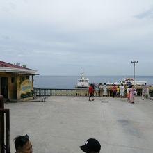 リロアン港
