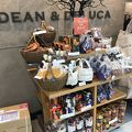DEAN & DELUCA CAFES 羽田