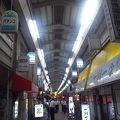 新世界から飛田新地に伸びる商店街