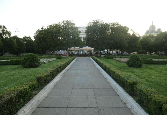Ante Starcevica広場